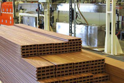 заборные доски из композита дерева и пластика