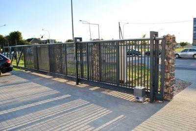 Промышленные ворота со столбами П формы